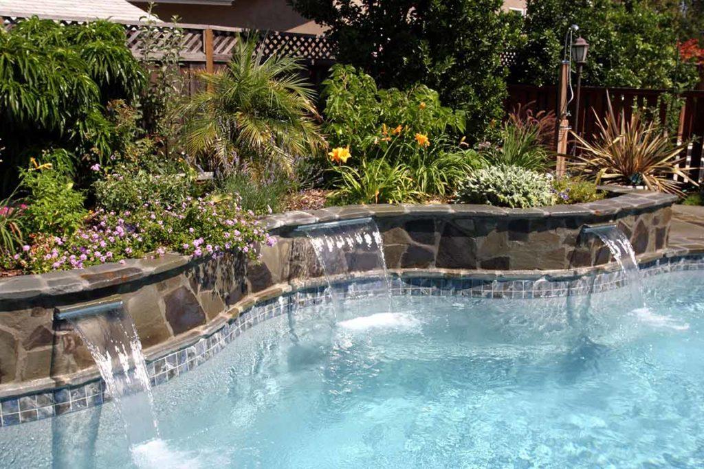 Laguna Fiberglass Pool