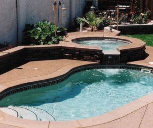 Kidney Shape Swimming Pool