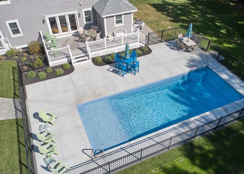 Latham Fiberglass Corinthian | Sapphire Blue inground pool